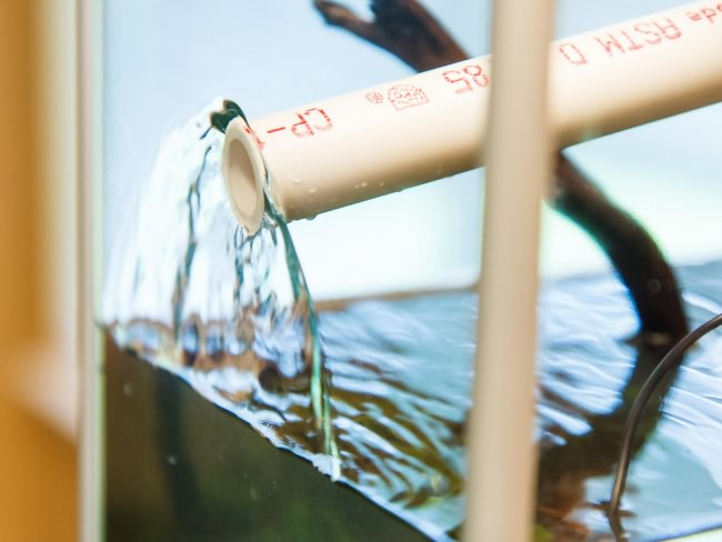 Добавление воды.