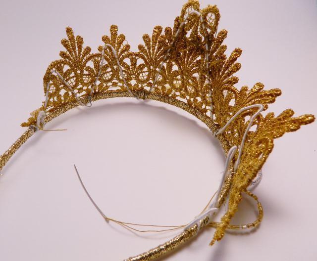 как пришить корону к каркасу