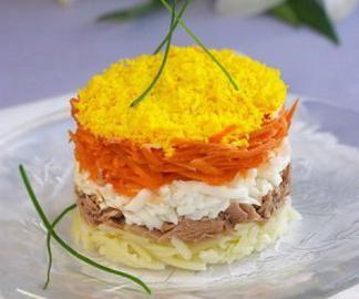 салат со шпротами и морковью