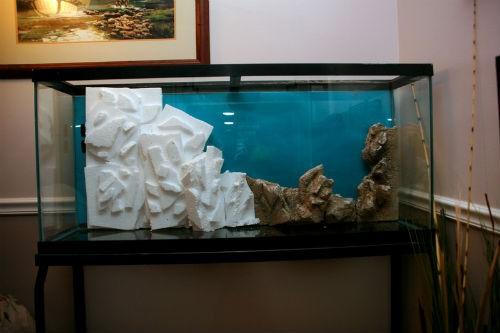 как приклеить задний фон аквариума