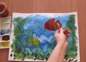 как нарисовать аквариум с рыбками 3